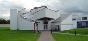 800px-vitra_design_museum_front_view