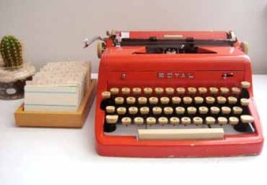 refurbished_royal_typewriter_red_1